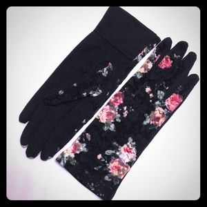 Accessories - New Lace Floral Gloves